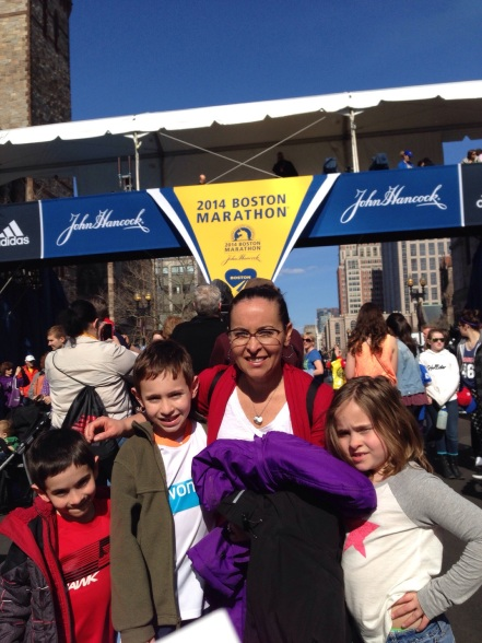Leslie and the kids at the finish!